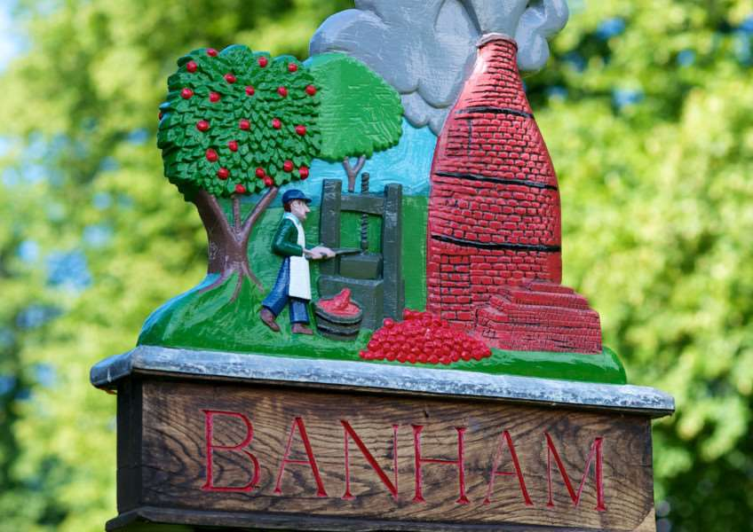 VILLAGE SIGN - BANHAM ENGANL00120120828150926